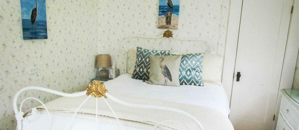 Heron Room, Jenner Inn
