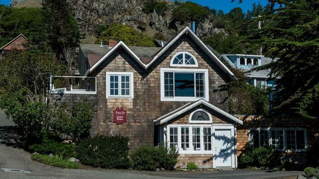 Fort Ross Suite, Jenner Inn